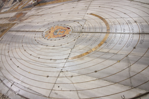 Marble sundial on the floor of an ancient church. - LEphotoart.com