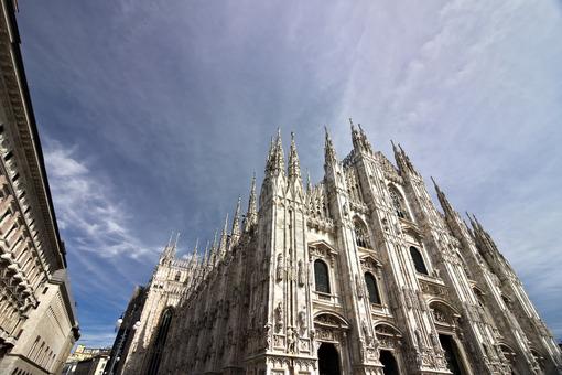 Milan Cathedral facade with  blue sky. - MyVideoimage.com