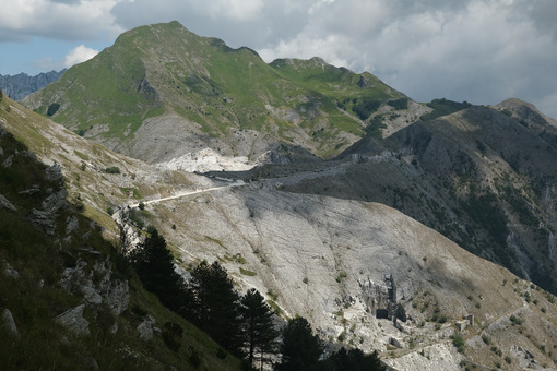 Monte Sagro in the Apuan Alps. - MyVideoimage.com | Foto stock & Video footage