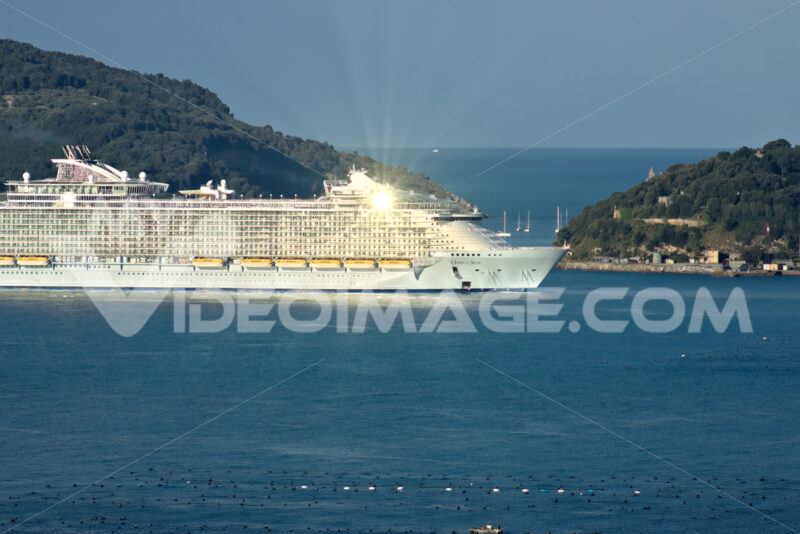 Oasis of the Seas cruise ship in the Mediterranean Sea in La Spezia. - LEphotoart.com
