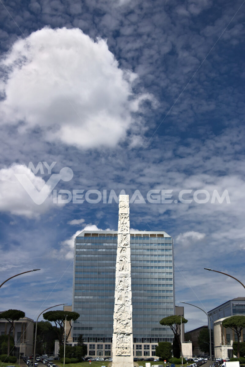 Obelisk to Gugliermo Marconi placed in Rome Eur. - MyVideoimage.com