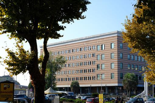 Palazzo di giustizia di La Spezia. Palace of Justice, seat of the court. Foto stock royalty free. - MyVideoimage.com | Foto stock & Video footage