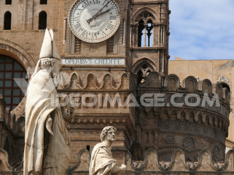 Palermo, Sicily, Italy. Sculptures in white marble at the cathedral. - MyVideoimage.com