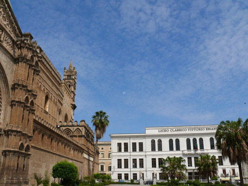 Palermo, Sicily, Italy.  Vittorio Emanuele II Classical High School and the cathedral. - MyVideoimage.com