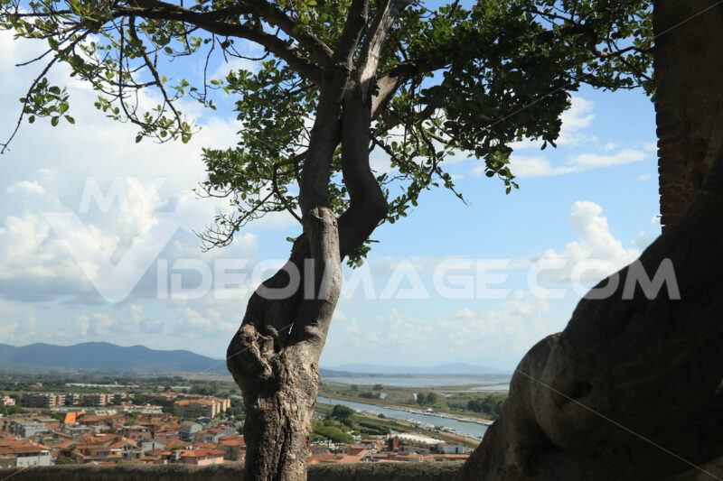 Panorama from the village of Castiglione della Pescaia in the Tu - MyVideoimage.com