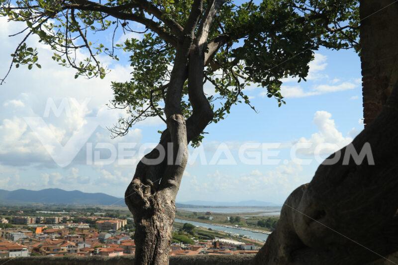 Panorama from the village of Castiglione della Pescaia in the Tu - MyVideoimage.com