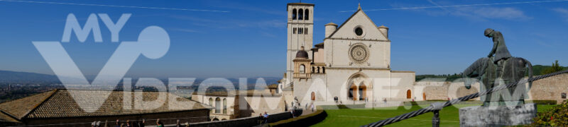 Panoramic photograph of the Basilica of San Francesco in Assisi. - MyVideoimage.com