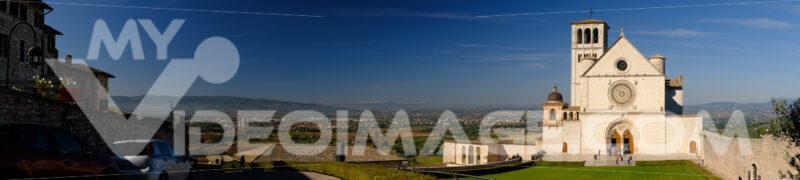 Panoramic photograph of the Basilica of San Francesco in Assisi. - LEphotoart.com