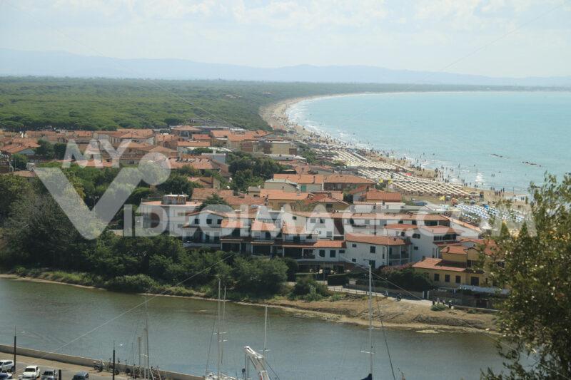 Panoramic view of the port of Castiglione della Pescaia. An anci - MyVideoimage.com