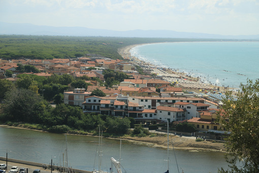 Panoramic view of the port of Castiglione della Pescaia. An anci - MyVideoimage.com