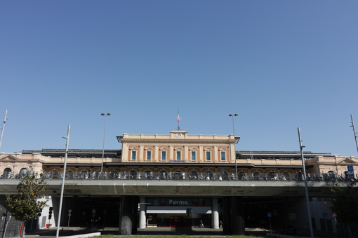 Parma railway station with an underground road. - MyVideoimage.com