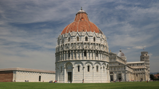 Piazza dei miracoli of Pisa. Cathedral, tower and baptistery of the Tuscan city. Blue sky with clouds. - MyVideoimage.com