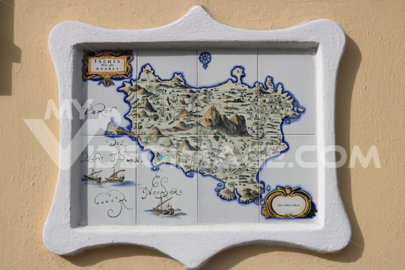 Plate painted on ceramic with the map of the island of Ischia. - MyVideoimage.com