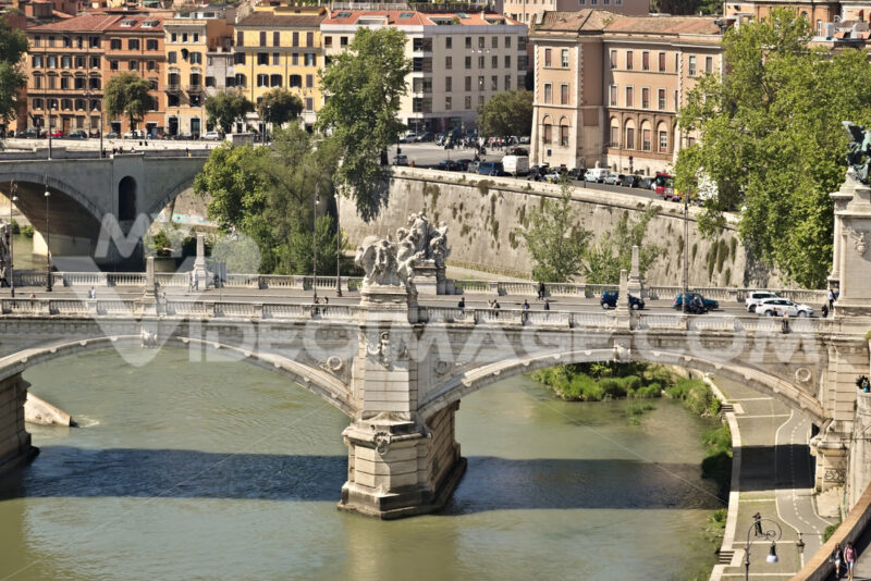 Ponte Vittorio Emanuele and the Tiber River. - MyVideoimage.com