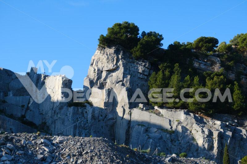 Portoro marble quarries on Palmaria Island, near the Cinque Terre in the municipality of Portovenere. La Spezia, Italy. - LEphotoart.com