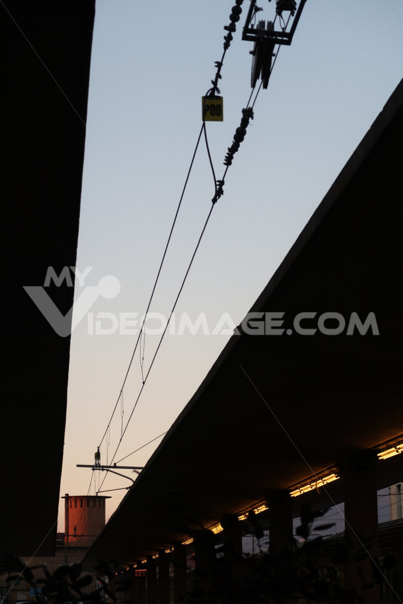 Power line with overhead cable at Florence Santa Maria Novella railway station. - MyVideoimage.com