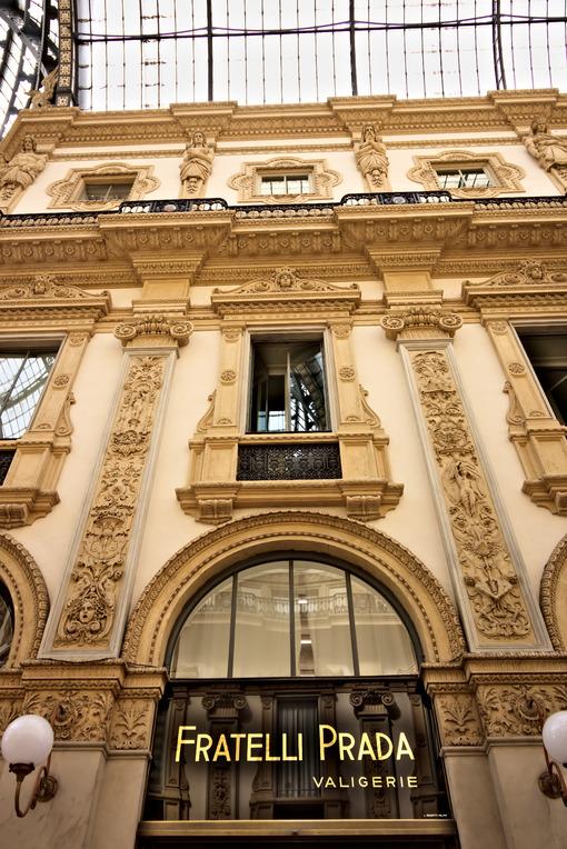 Prada shop at the Galleria Vittorio Emanuele II in Milan. - MyVideoimage.com