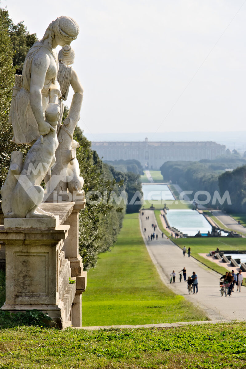 Reggia di Caserta, Italy. 10/27/2018. Large fountain in the park with tanks at various levels. - MyVideoimage.com