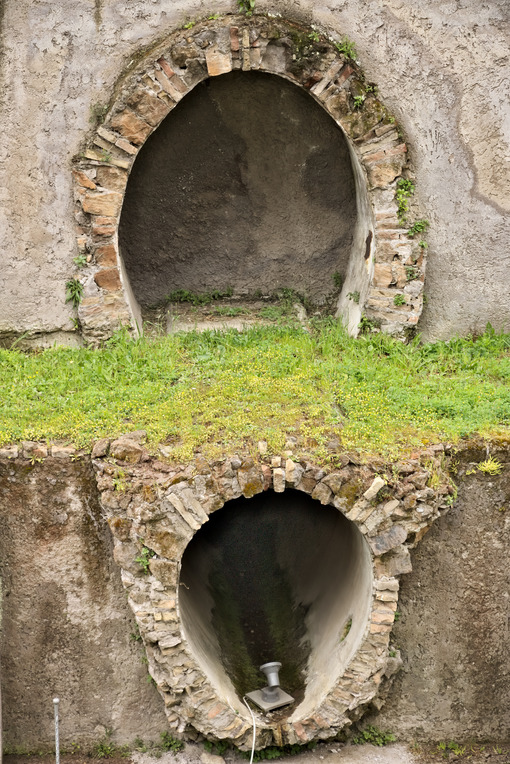 Roman sewer pipes. Archaeological excavations. - LEphotoart.com