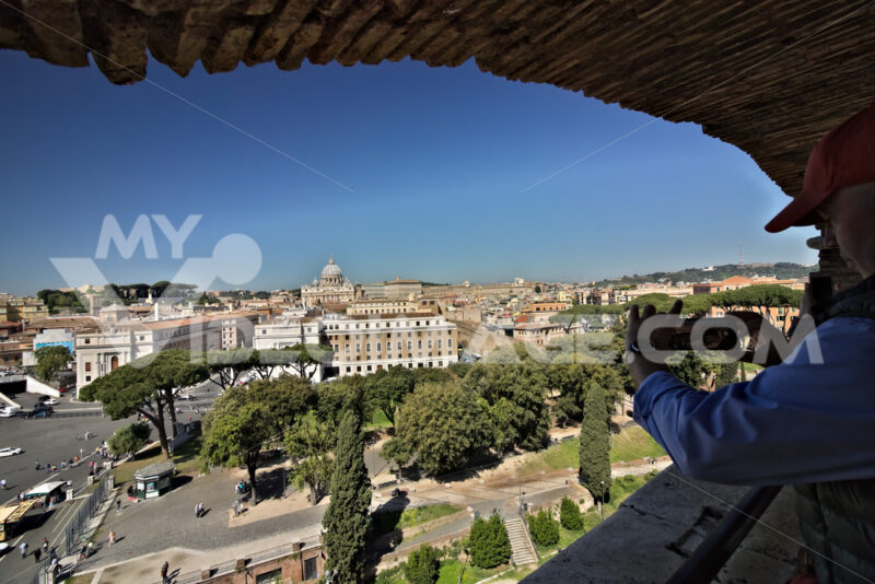 Rome, Italy. 05/02/2019.  Vatican City and St. Peter's Basilica. - MyVideoimage.com