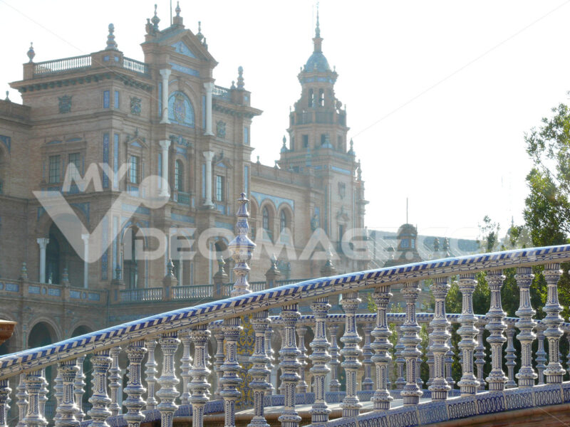 Royal Palace Square. Bridge. Foto Siviglia. Sevilla photo