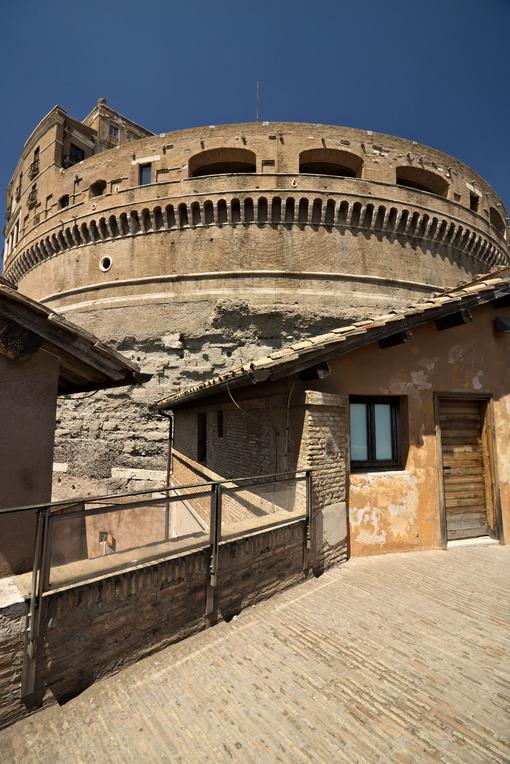 Sant'Angelo castel. Walkway. - MyVideoimage.com