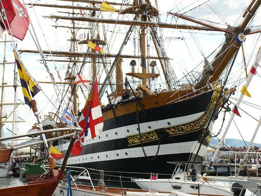School ship of italian Navy Amerigo Vespucci - MyVideoimage.com