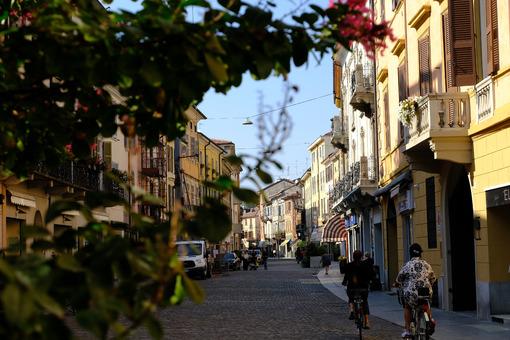 Strada di Cremona. Cremona in Lombardy. Foto stock royalty free. - MyVideoimage.com | Foto stock & Video footage