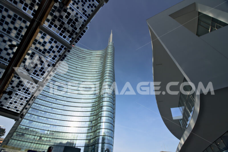 The real estate complex with the Unicredit skyscraper in Piazza Gae Aulenti. Stock photo royalty free. Società. Company building - LEphotoart.com