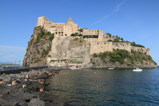 The village of Ischia Ponte and the Aragonese Castle. Foto Ischia photos.