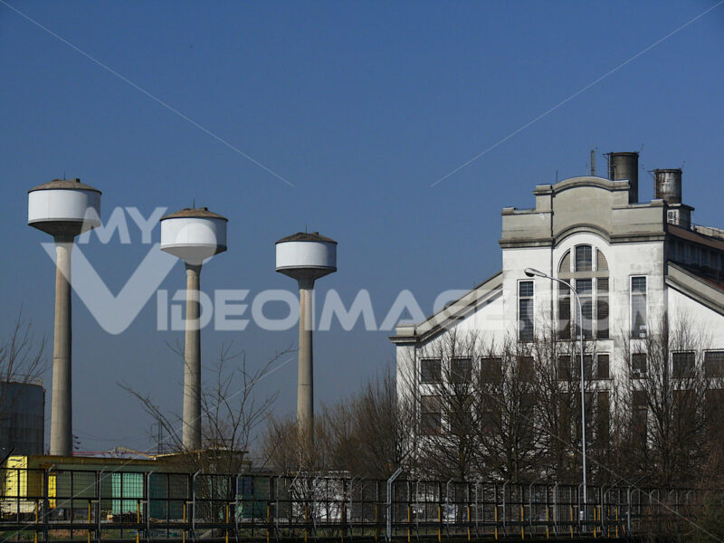 Thermoelectric power statiion near the river - MyVideoimage.com