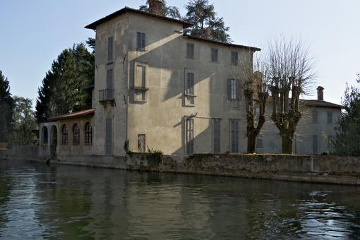 Turbigo, Milan, Lombardy, Italy. Villa built on the banks of the Naviglio Grande near Milan - MyVideoimage.com