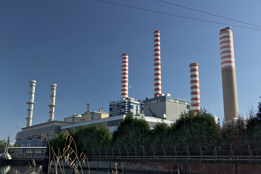 Turbigo power station, located along the Naviglio Grande. - MyVideoimage.com | Foto stock & Video footage