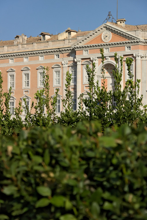 Vanvitelli architect, Caserta. Caserta, Italy. 27/10/2018. Main external  facade of the Royal Palace of Caserta (Italy). Designed by the architect Luigi Vanvitelli from 1751 - MyVideoimage.com | Foto stock & Video footage