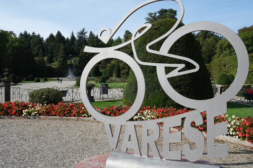 Varese, Lombardia, Italy. About 09-2020. Bicycle sculpture in the park of the municipality of Varese. - MyVideoimage.com | Foto stock & Video footage