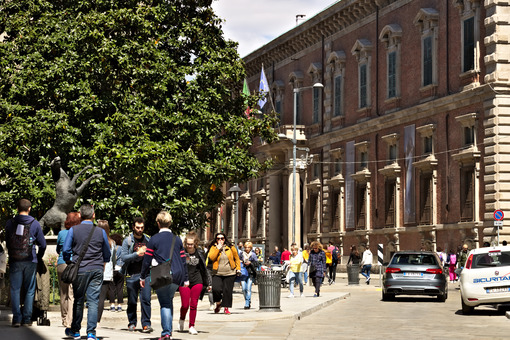 Via Brera near the famous art academy. The central area of Milan - MyVideoimage.com