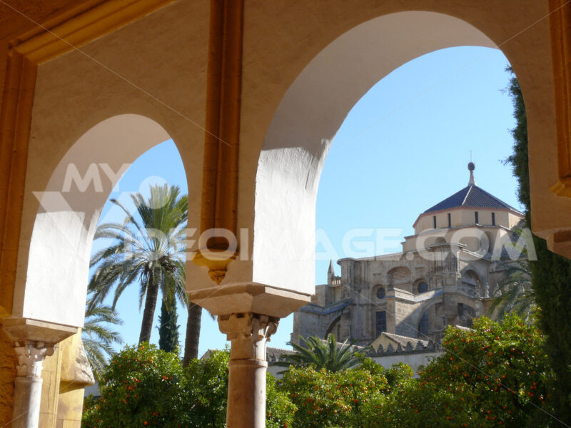 View of the dome of the mosque-cathedral. Foto Siviglia.