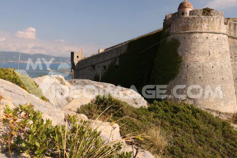 Walls of the castle of Portovenere with bastion and the background of the sea. - MyVideoimage.com