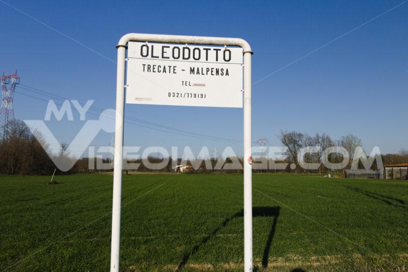 Warning sign for the Trecate-Malpensa pipeline - MyVideoimage.com