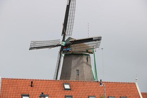 Windmills. Windmills of Zaanse Schans, near Amsterdam. The structures were - MyVideoimage.com | Foto stock & Video footage