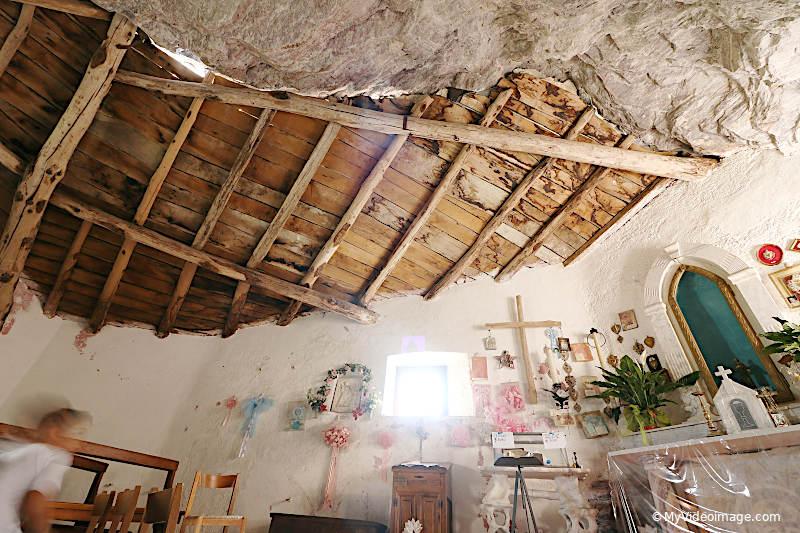 Eremo di San Viviano in Garfagnana. Myvideoimage.com